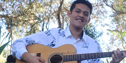 Fingerstyle Guitarist Elias Bartholomeo Live!