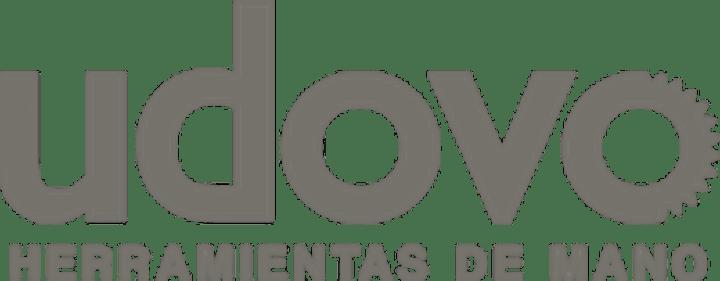 Imagen de DESFILE  DE MODAS FERRETERO , HERRAMIENTAS , MODA