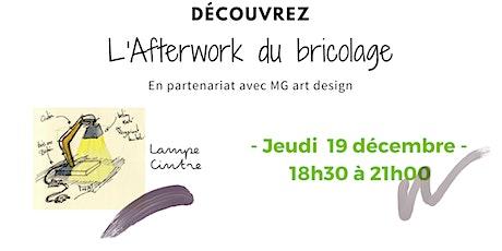 """Afterwork bricolage :"""" je réalise une lampe cintre design"""" billets"""