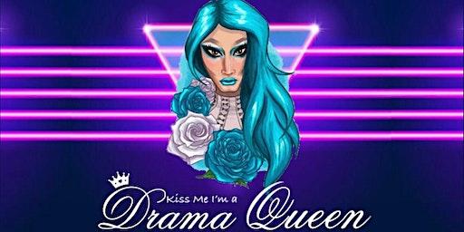 Gizela Kova : Kiss Me I'm a Drama Queen