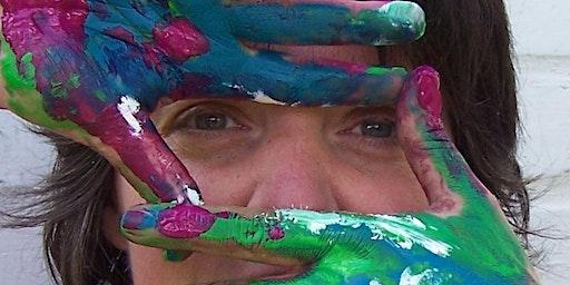 Experimenteel schilderen met was, pigmenten en aardse materialen