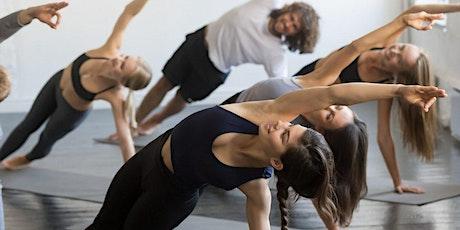 Vinyasa Yoga à La Défense (à partir de 10 euros) tickets