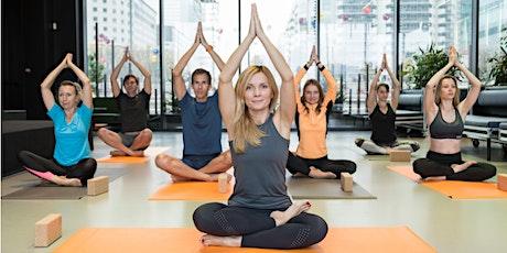 Morning Vinyasa Yoga Flow à La Défense (paiement sur place) billets