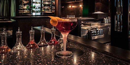 Champagnercocktails und artverwandte Nachmittagsunterhaltungen