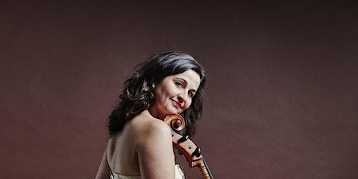 Juliana Laska au violoncelle dans le cadre des Concerts aux Loups