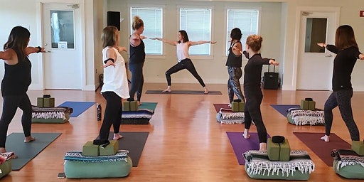 Yoga - Monday Movement