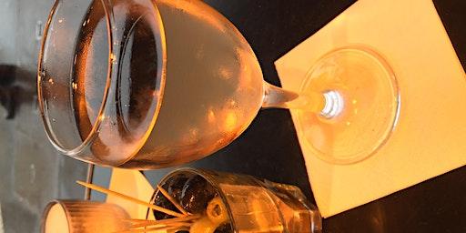 Pour & Paint Cafe a Paris