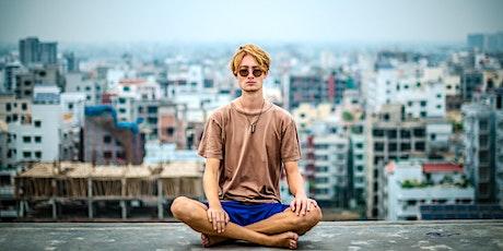 Wie Meditation uns hilft, die Herausforderungen des Alltags zu meistern - Vortrag mit Holger Yeshe Tickets