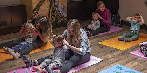 Parent&me Yoga Class