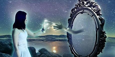 Specchi Esseni: il nostro riflesso ci mostra come migliorare biglietti