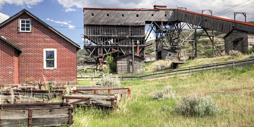 Photography Field Class: Ruins + Relics of the Badlands
