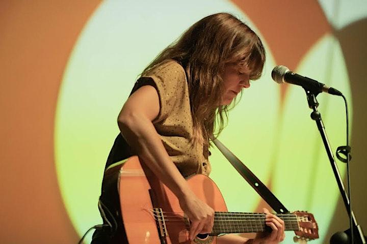 """Imagen de Clara Andrés, """"Concerts d'estar per Casa"""""""