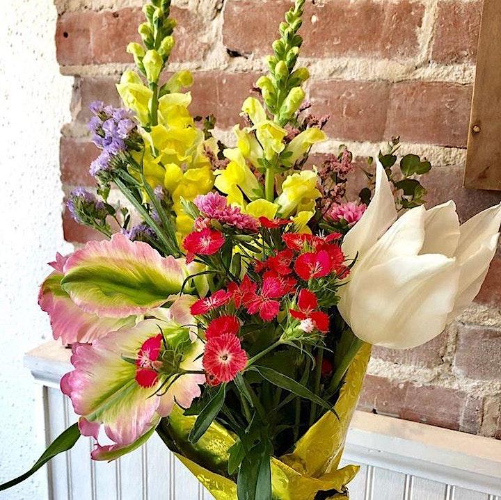 Galentine's Day Hand-Tied Flower Bouquet Workshop image