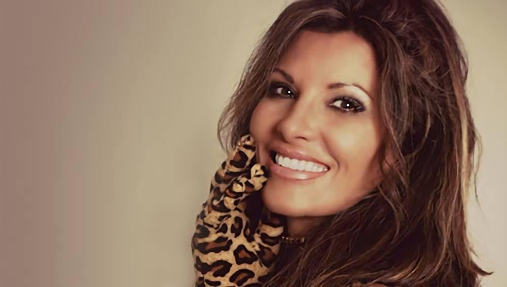 Shania Twin (The Ultimate Tribute to Shania Twain)   SELLING OUT – BUY NOW!