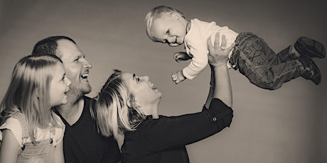 Your 1st Family Portrait of the Decade - Friday Night Photoshoots tickets