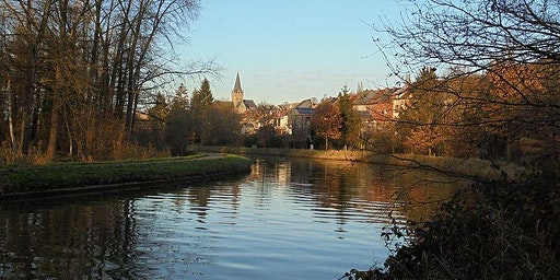 22km around Geraardsbergen with a river, a bird refuge, a famous wall and square..