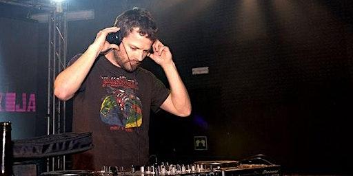 LA HABITACIÓN ROJA DJ SET (PAU ROCA) - ENTRADA LIBRE