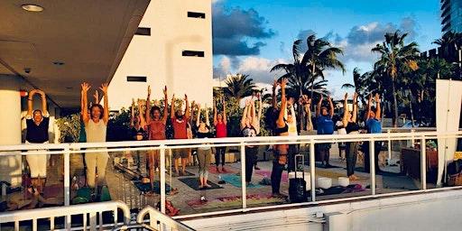 Happy Golden Hour: Sunset Yoga