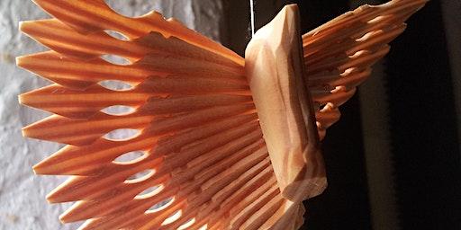 Cerfio Gwyntyll Aderyn | Fan Bird Carving