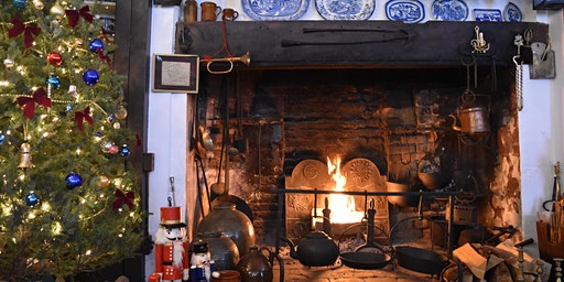 Christmas Fireside History at the c1667 Daniels House