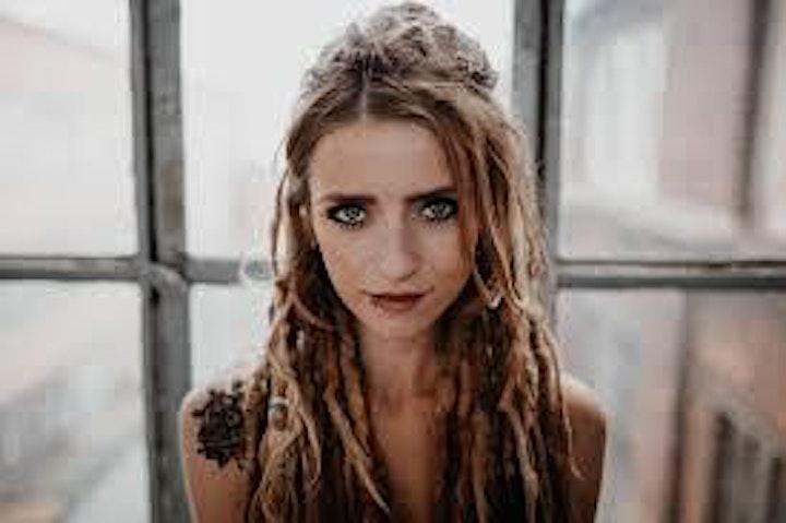 Sarah Lesch | Singer Songwriter | Passau: Bild