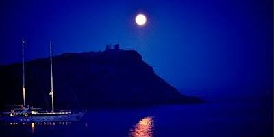 Luxury Catamaran Full Moon Overnight stay at Sounio