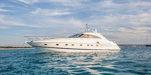 Luxury Yacht Full Moon Overnight stay at Sounio