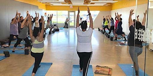 Free Yoga at Chicago Lawn Library/yoga gratis en Biblioteca Chicago Lawn
