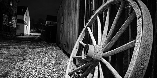 Hunt's Photo Walk: Portsmouth in Black & White (with the Seacoast Camera Club)