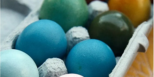 Go Natural!  Kids learn how to dye eggs using vegtables and other foods.