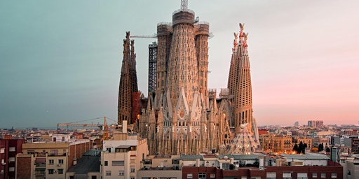 Completing La Sagrada Familia: a collaboration in digital and stone