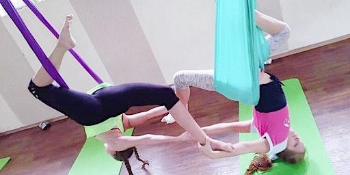 Kids Aerial Yoga Fun 兒童空中瑜珈 CNY Special (Aged 7 - 10)