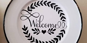 Make a Welcome Sign - Craft Night at Bonnie Doon Hall....