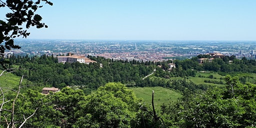 Urban Trekking _ from the city center to the hills of Bologna