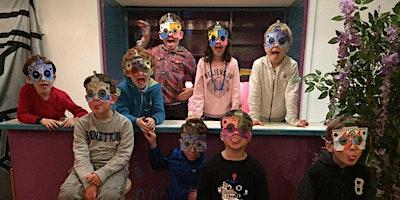 Making: Deine leuchtende Maske für Fasching