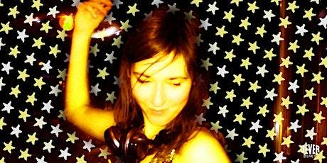 FRAU HEDIS SUNDOWNER-PARTY mit DJ MALINKA tickets
