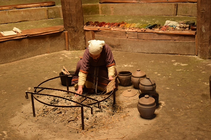 Natural dyeing workshop in Medieval style image