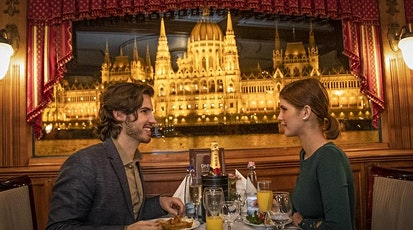 Dinner & Cruise with live music in Budapest tickets
