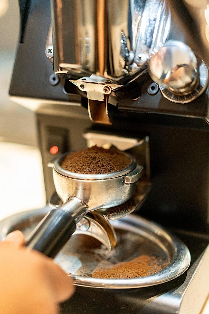 01 Basic Latte Art image