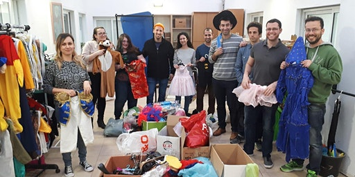 Sorting Costumes for Donations - מיון וסידור תחפושות לתרומה