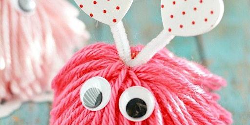 Valentine PomPom Monster Craft (todas las edades)
