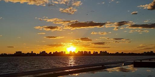 Barcos y puertos. Paseo al atardecer por el Río de La Plata