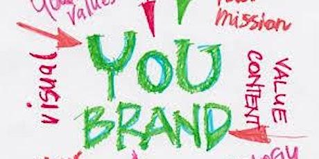 Il profilo digitale: come utilizzare i social per il self branding. biglietti
