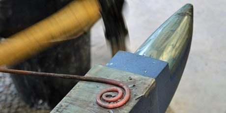 Cyflwyniad i Grefft y Gof | Introduction to Blacksmithing tickets