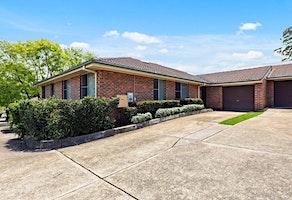 Villa Auction- Sydney