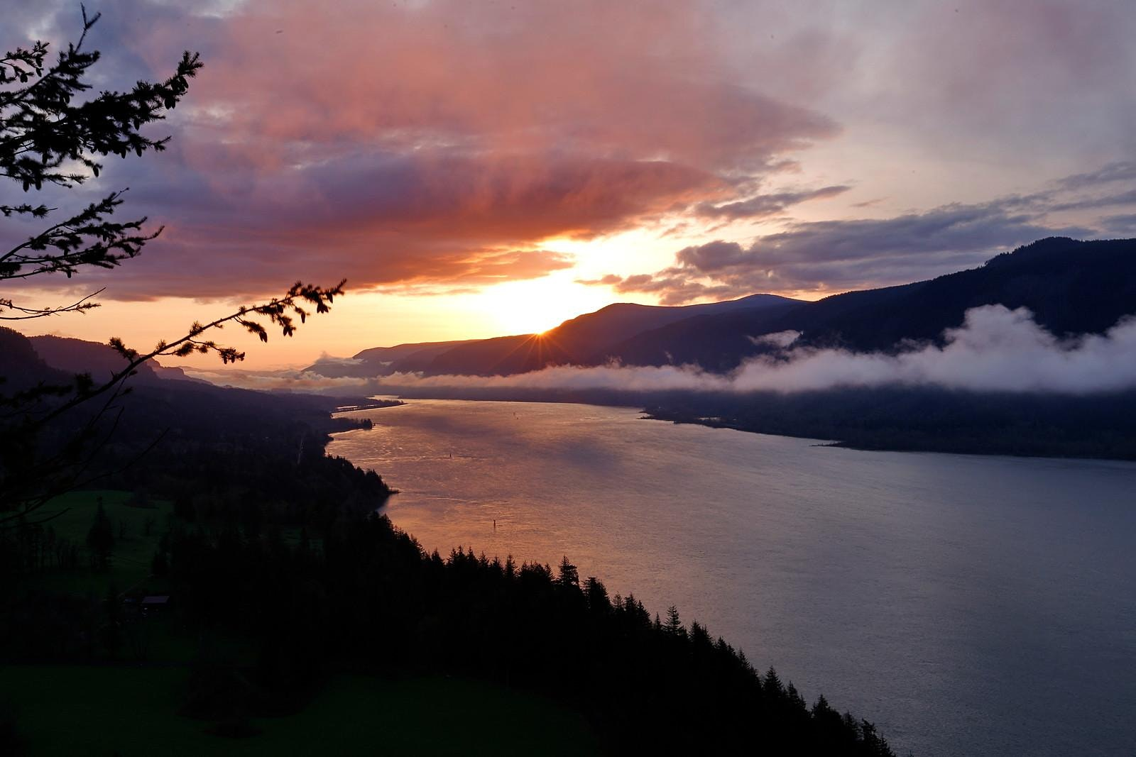 Sunrise at Nancy Russell Overlook, OR