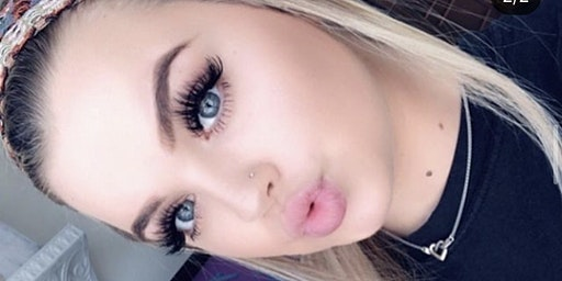 Beginners Classic and Volume Lash extensions course training