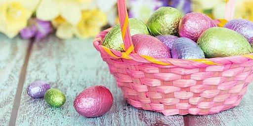 Easter Basket Decorating: Resort Holiday Activity