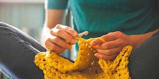 Learn To Crochet!! w/ Laura Hackney