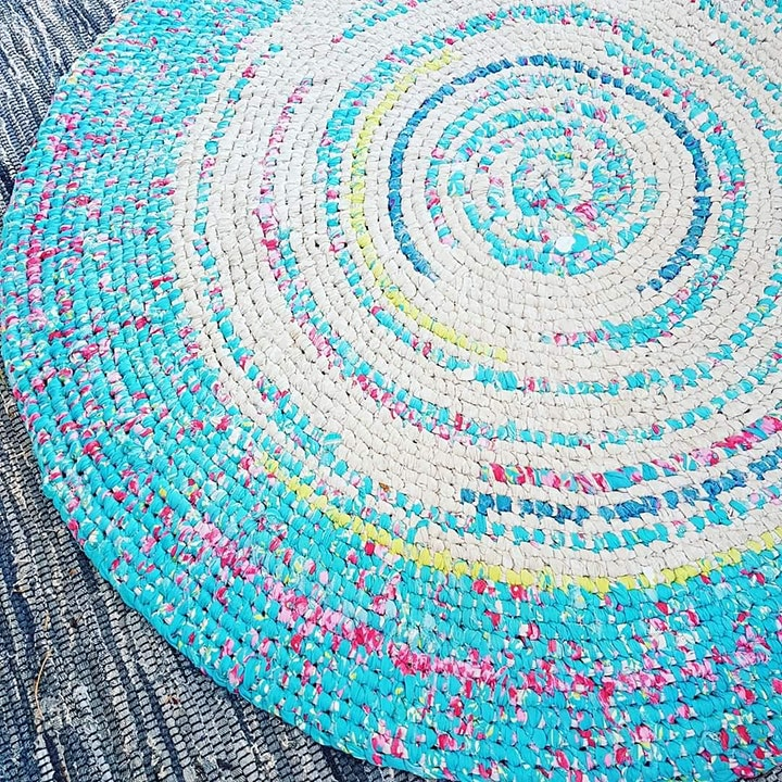 Rug Making with Kylie using Recycled Materials image